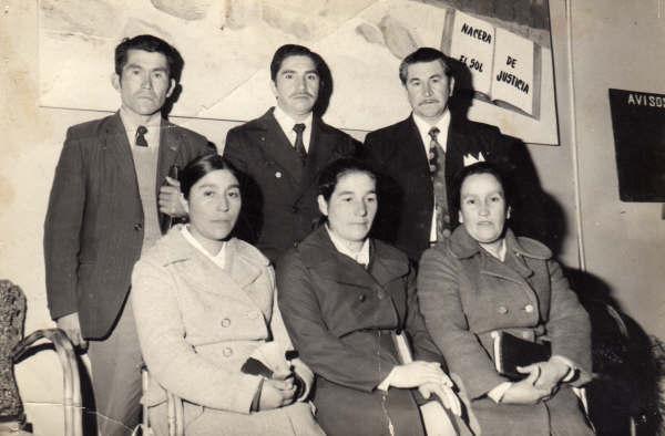 izq - der Pastor Fco. Raimapo y Pastora Fidelina, Pastor Fdo. Ojeda y Pastora, Pastor Victor Cardenas y esposa 24 dic 1974